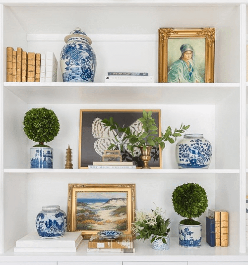 shelf styling with chinoiserie